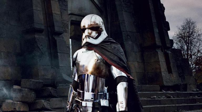 captain-phasma-threatens-the-force-in-star